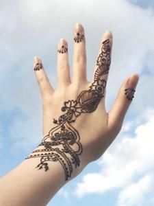 一组女生特别喜欢的手臂海娜纹身刺青