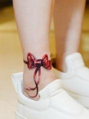 俏皮可爱的蝴蝶结纹身图案