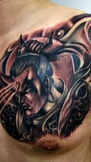 超酷的二郎神半甲纹身