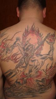 男性满背夜叉纹身图案