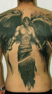 男生背部超帅的满背天使刺青图片