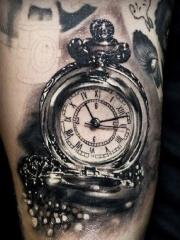 个性潮流钟表时钟图案腿部纹身
