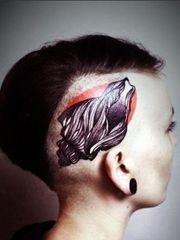 另类夸张的头部纹身