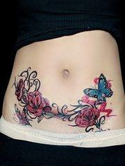 女士腰腹部性感的纹身图案