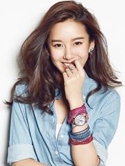 张子萱登杂志封面