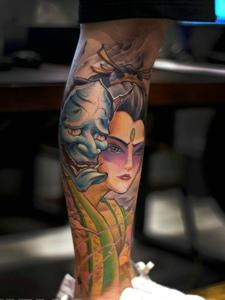 花妓与般若结合的花腿纹身图案