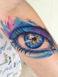 一组3d写实眼睛系列纹身图案很逼真