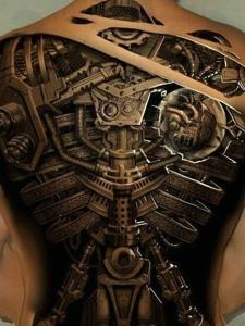洒满整个背部的3d机械纹身图案