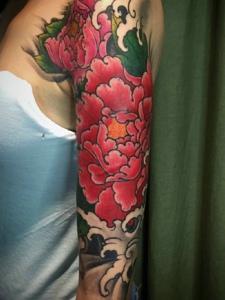 花臂性感回头率极高的牡丹花纹身图案