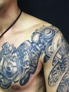 霸气的机械机器半甲纹身图案