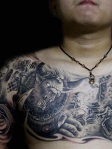 霸气十足的双半甲图腾纹身图案