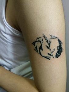 可爱有趣的手臂小图案纹身刺青