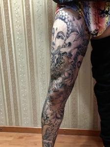 莲花与佛像结合的花臂纹身图案