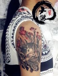 女性胳膊般若纹身