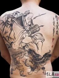 典雅的黑白水墨纹身