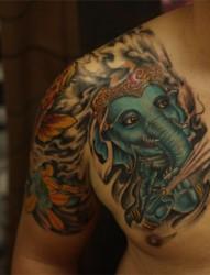 经典传统的象神半甲纹身