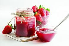 红色草莓新鲜果汁图片素材