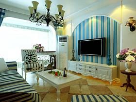 地中海客厅沙发电视柜茶几装修案例