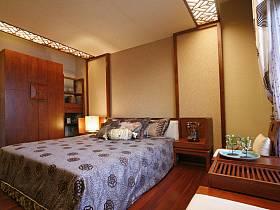 中式卧室衣柜装修效果展示