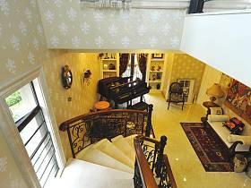 过道楼梯图片
