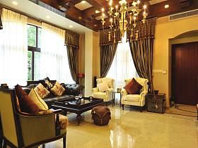 客厅吊顶窗帘装修图