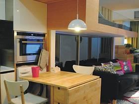 其他风格厨房沙发餐桌设计方案