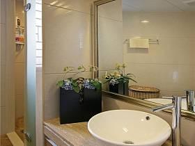 现代简约卫生间收纳设计案例