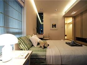 现代简约卧室台灯装修案例