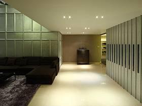 现代简约客厅走廊案例展示