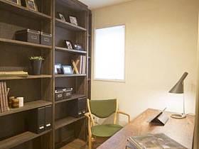 现代简约书房收纳装修效果展示