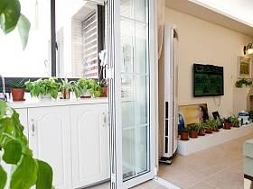 客厅阳台台盆移门设计方案
