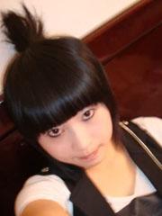 杭州非主流MM自拍个性发型图片[3P]