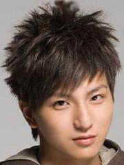 本年最风行男士短发发型图片[6P]