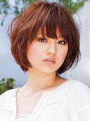 2014最新女生蘑菇头发型图片[6P]