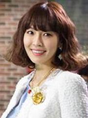 金素妍韩式优雅蛋卷头发型图片[8P]
