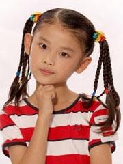 小女孩辫子发型怎样扎好看[4P]