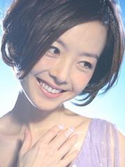 可爱又时尚 女生短发蘑菇头造型图片[5P]