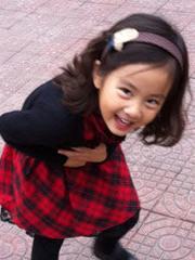 黄磊孙莉女儿黄忆慈小萝莉发型萌照[5P]