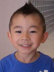 可爱男童发型设计图片 看我玩个莫西干[4P]