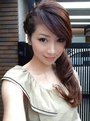 43岁辣妈似少女 偷师不老太太团私房减龄发型[8P]