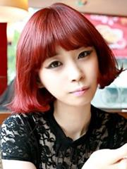 女生齐刘海直发发型图片[9P]