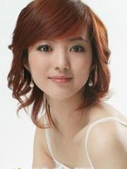 甜美韩式短卷发发型图片女[4P]