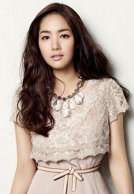 最新韩式发型设计图片女[18P]