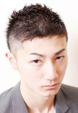 帅气板寸头男生短发发型图片[5P]