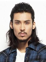 最潮男士中长烫发发型设计图片[6P]