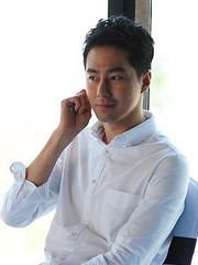 赵寅成露额短发发型帅气干练[9P]