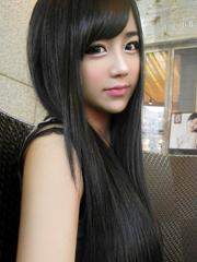 长直发发型的她 清新又甜美[6P]