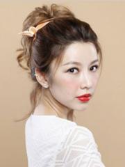 中长卷发发型扎法 做知性小女人[3P]