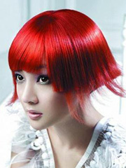最新女士沙宣短发直发型图片[7P]