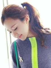 流行好看的韩式马尾发型扎法[15P]